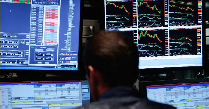 """Chứng khoán 24h: Cổ phiếu """"nóng"""" FLC, HAG, HNG và HVG đều tăng kịch trần"""