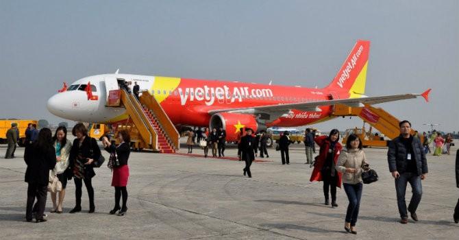 """Sính"" Airbus, sao VietJet còn mua Boeing?"