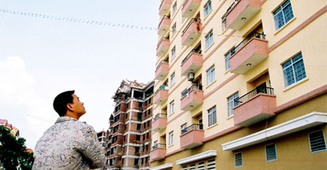 Nhà ở xã hội: Giá còn cao, thiếu chính sách