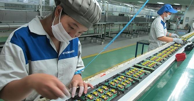 Lao động Việt Nam bị trả lương rẻ hơn khu vực gần 20%