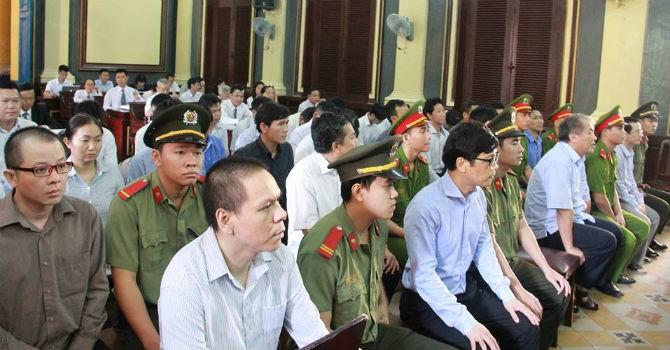 Phiên sáng 18/8: Luật sư phản bác luận tội của Viện kiểm sát Nhân dân TP.HCM