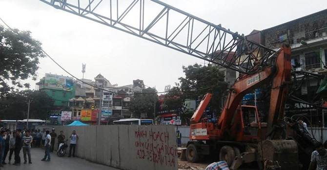 Sập cần cẩu tuyến metro Hà Nội, nguyên nhân thực sự vì đâu?