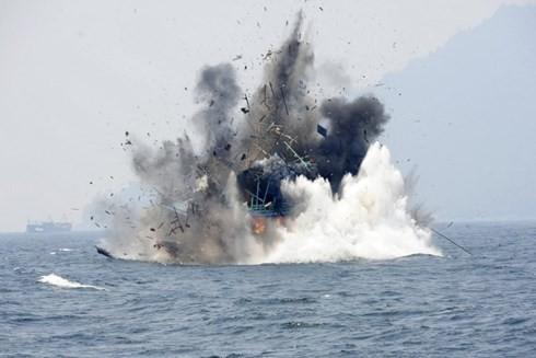 Việt Nam quan ngại trước việc Indonesia đánh chìm tàu cá của ngư dân Việt Nam