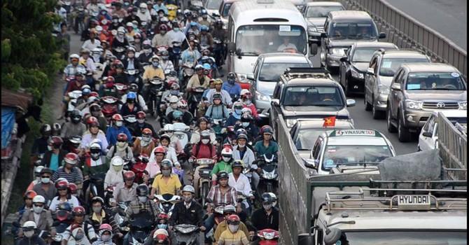 Giao thông Việt Nam: Cứ giữ được mức ùn tắc như hiện nay cũng khó!