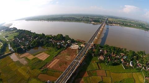 """""""Siêu dự án"""" trên sông Hồng: Nên loại bỏ từ đầu để tránh hệ lụy về kinh tế, an ninh quốc phòng"""