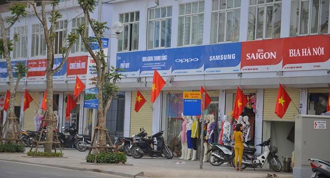 """""""Đồng phục"""" biển hiệu đường Lê Trọng Tấn: Được đồng thuận sẽ nhân rộng các tuyến phố khác?"""