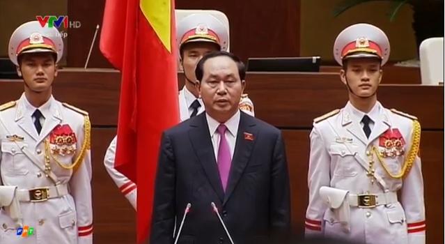 [Video] Chủ tịch nước Trần Đại Quang lần thứ hai tuyên thệ nhậm chức