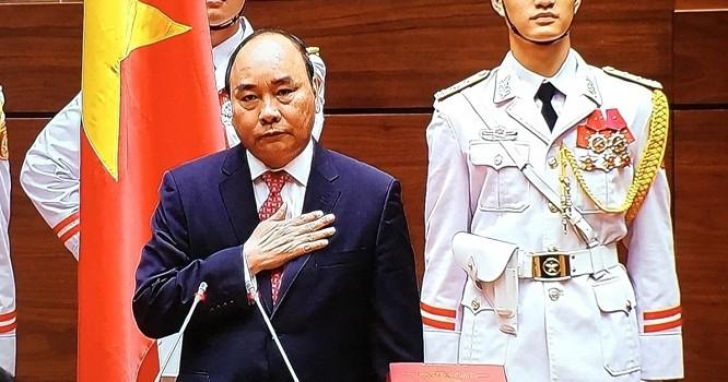 [Video] Thủ tướng Nguyễn Xuân Phúc tuyên thệ nhậm chức