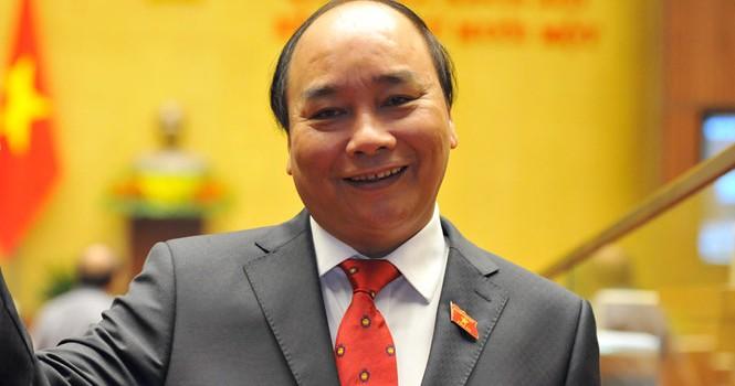 Ông Nguyễn Xuân Phúc được giới thiệu làm Thủ tướng khóa mới