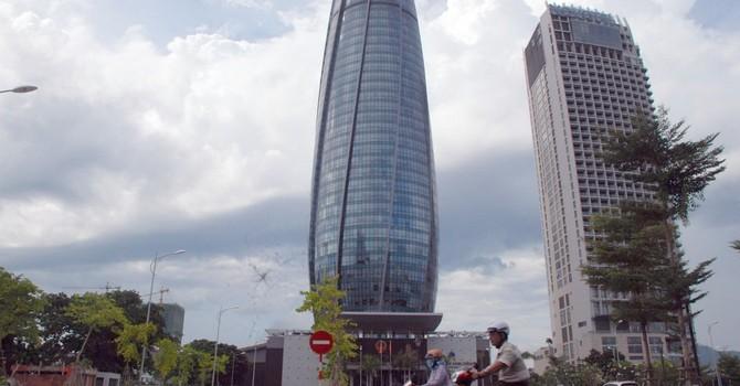 Dời trung tâm hành chính Đà Nẵng: 2.000 tỷ tiền thuế, hãy khắc phục thay vì bỏ đi!
