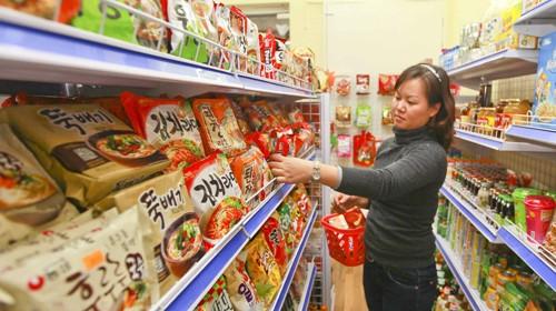 Việt Nam tăng nhập hàng Hàn, hàng Thái, giảm mua đồ Trung Quốc