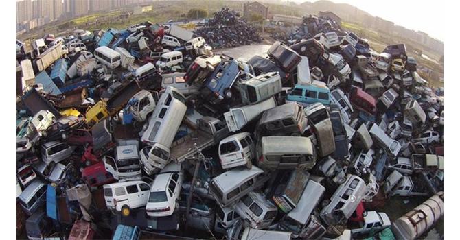 """Thủ tướng yêu cầu tổng kiểm tra ô tô, xe máy hết """"đát"""", quá hạn đăng kiểm"""