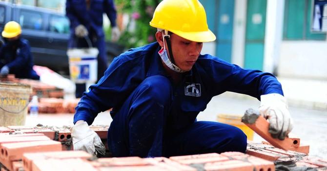 Bộ Lao động tính sửa định nghĩa lương tối thiểu, tăng số giờ làm thêm