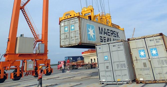 Bộ Tài chính đề nghị xem lại mức phí thu ở cảng biển Hải Phòng