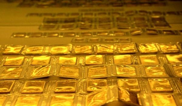 Giá vàng SJC trong nước tiếp đà tăng mạnh