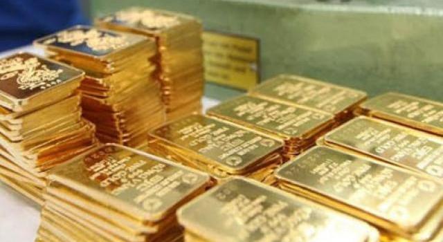 Giá vàng trong nước đồng loạt sụt giảm