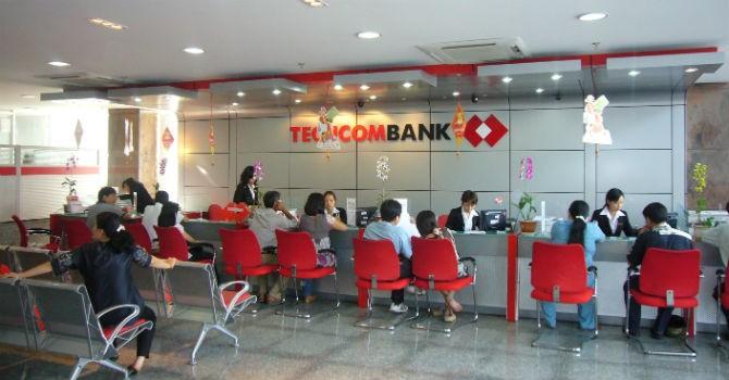 """Techcombank chuyển mình thế nào sau nhiều năm """"khất"""" cổ tức?"""