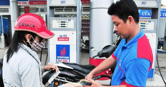 Đại biểu Quốc hội đề xuất giám sát chuyên đề về xăng dầu