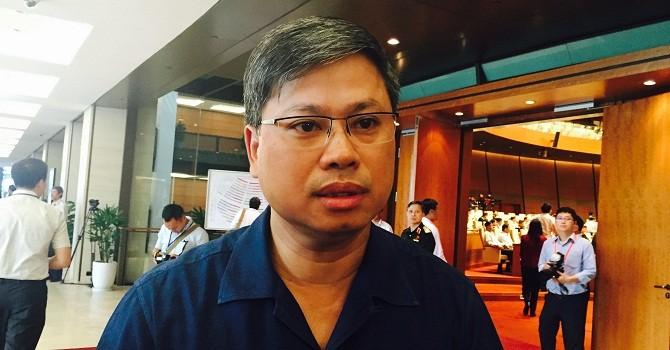 """Đại biểu Quốc hội """"đòi nợ"""" Bộ trưởng vụ """"bôi trơn"""" sổ đỏ ở Hà Nội"""