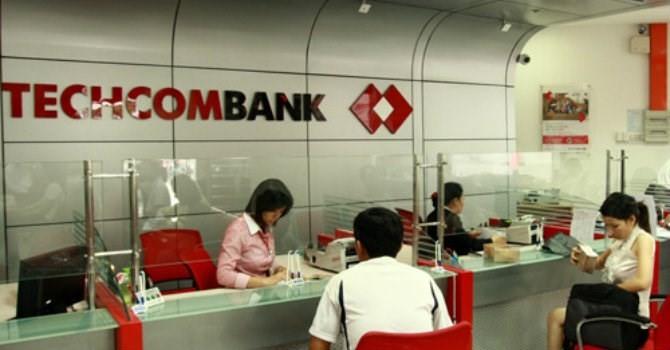 Techcombank lãi hơn 2.000 tỷ đồng, tăng trưởng tín dụng đạt gần 39%