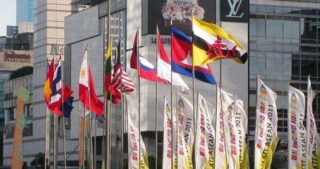 ASEAN sẽ đối phó với Trung Quốc ở Biển Đông như thế nào?