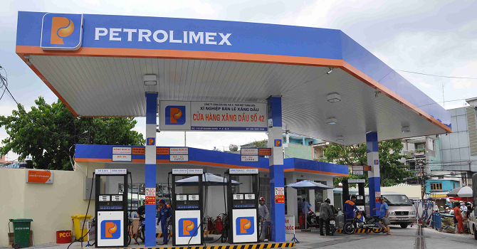 Doanh nghiệp 24h: Petrolimex kêu ca chuyện tỷ giá