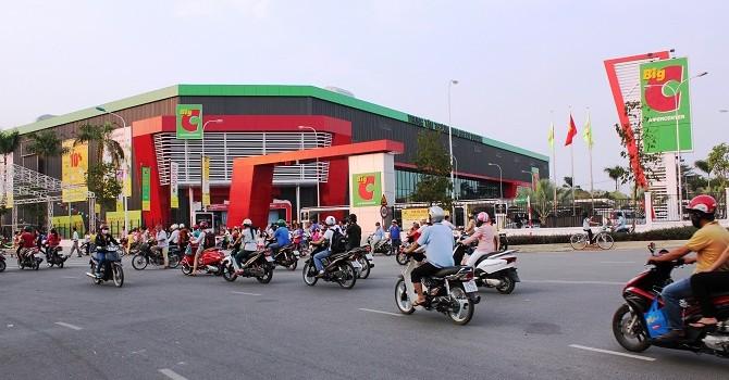 """[BizDEAL] Big C và cuộc đua thâu tóm của 3 """"đại gia"""" Thái Lan"""
