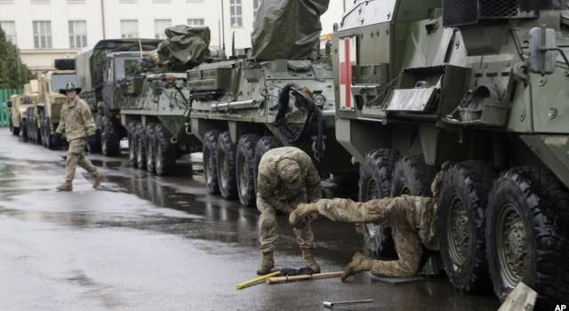 """Mỹ có kế hoạch tăng hiện diện quân sự ở Đông Âu để """"chế ngự"""" Nga"""