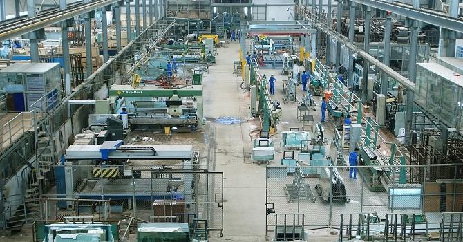 Việt Nam vẫn miệt mài xuất khẩu hộ các nước khác