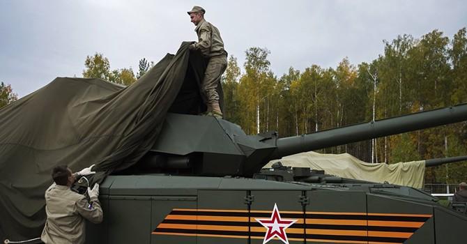 """Nga khoác """"áo tàng hình"""" cho các thiết bị quân sự"""