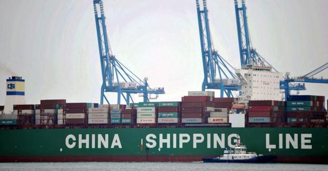 """Thương mại Trung Quốc lãnh """"gáo nước lạnh"""""""