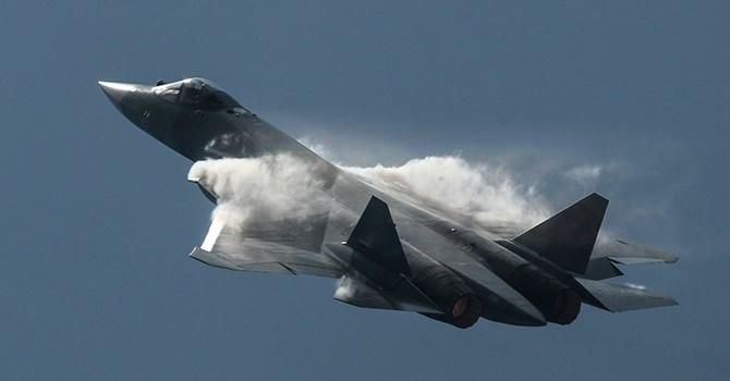 Siêu máy bay mới của Nga thực hiện chuyến bay đầu tiên