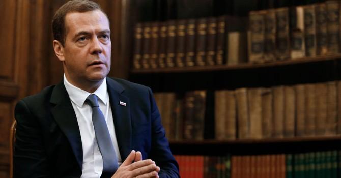 Thủ tướng Nga: Bên ngoài không thể tác động vào bầu cử tại Mỹ