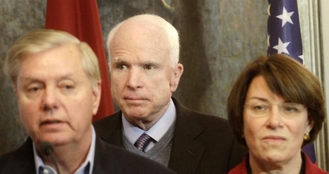 3 thượng nghị sĩ quyền lực ở Mỹ dọa trừng phạt Nga