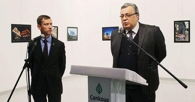 Xuất hiện cô gái người Nga trong vụ án giết hại Đại sứ Karlov tại Thổ Nhĩ Kỳ