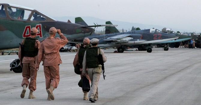 Ông Putin: IS đã bị nghiền nát trên cả hai bờ sông Euphrates của Syria