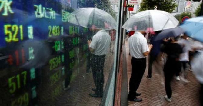 Chứng khoán thế giới lập đỉnh khi siêu bão và Triều Tiên cùng hạ nhiệt