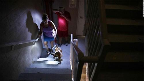 Thành phố Mỹ Naples tan hoang sau bão Irma
