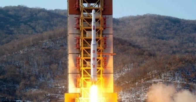 Bài toán hạt nhân Triều Tiên: Đối thoại có tốt hơn là trừng phạt?