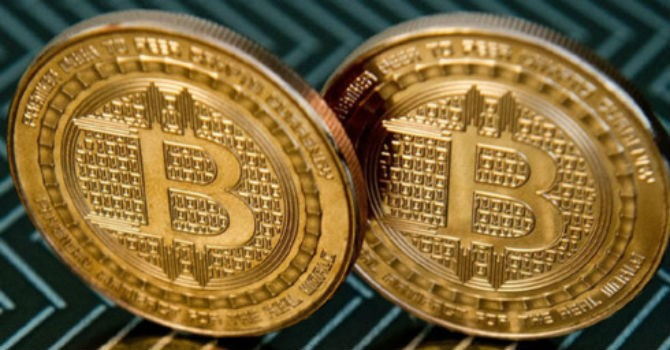 """Bitcoin và những cú trượt giá """"đau"""""""