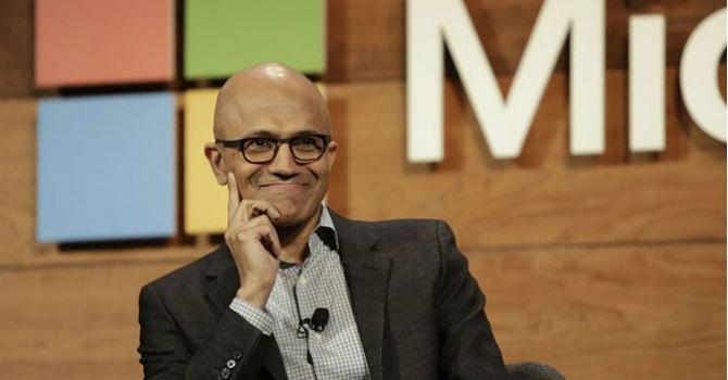 Từ bỏ nền tảng di động, Microsoft làm gì để cạnh tranh với các đối thủ?