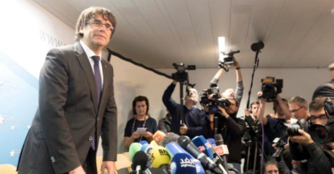 """Cựu thủ hiến Catalonia: """"Tôi không xin tị nạn"""""""