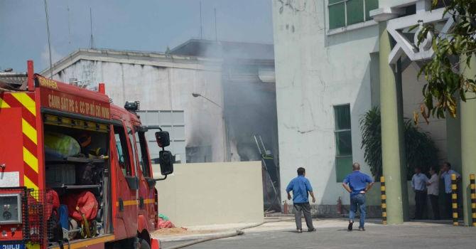 Công ty may ở Sài Gòn phát hỏa, trăm công nhân tháo chạy
