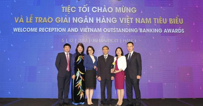 """BIDV là ngân hàng duy nhất 2 năm liên tiếp nhận giải """"Ngân hàng bán lẻ tiêu biểu nhất"""""""
