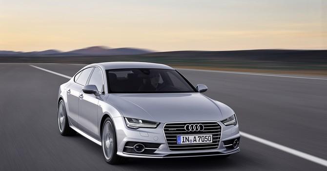 """Audi ra mắt phiên bản mới của """"xe ăn khách"""" A6 và A7"""