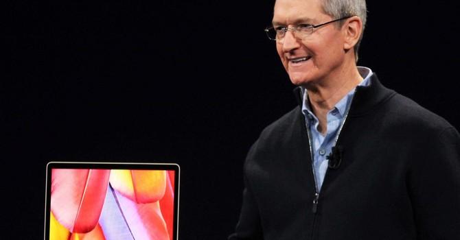 """MacBook mới của Apple còn """"rùa bỏ"""" hơn cả laptop từ năm 2011"""