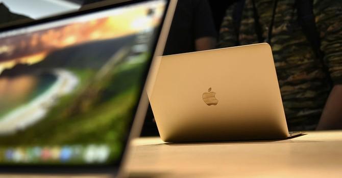 """Samsung lập """"đội"""" riêng để sản xuất màn hình cho Apple"""