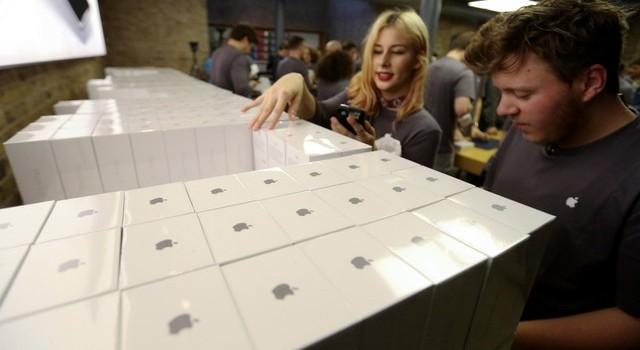 """iPhone 6S """"cập bến"""" thêm 40 quốc gia từ ngày 10/10"""
