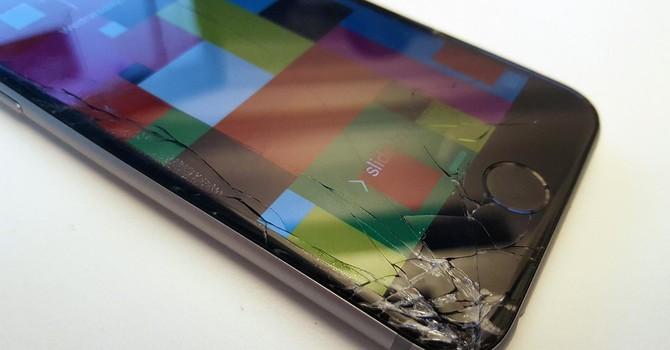 Google phát minh ra tính năng chống rơi vỡ cho smartphone?