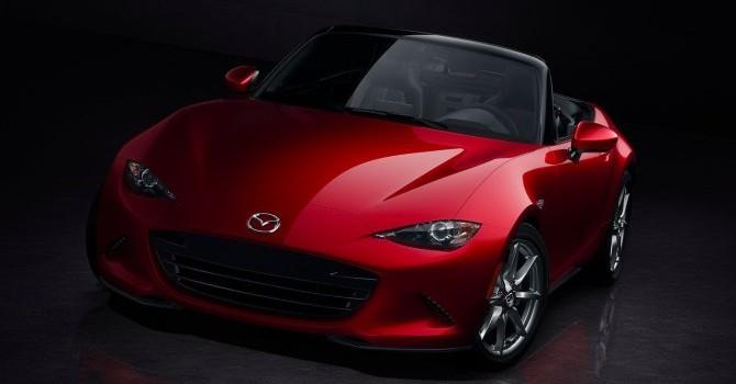 """Mazda MX-5 Miata đoạt giải """"xe của năm 2016"""""""